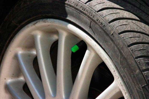 Стоит ли накачивать шины азотом?Плюсы и минусы