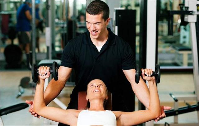 Стоит ли брать персонального тренера в тренажерном зале?