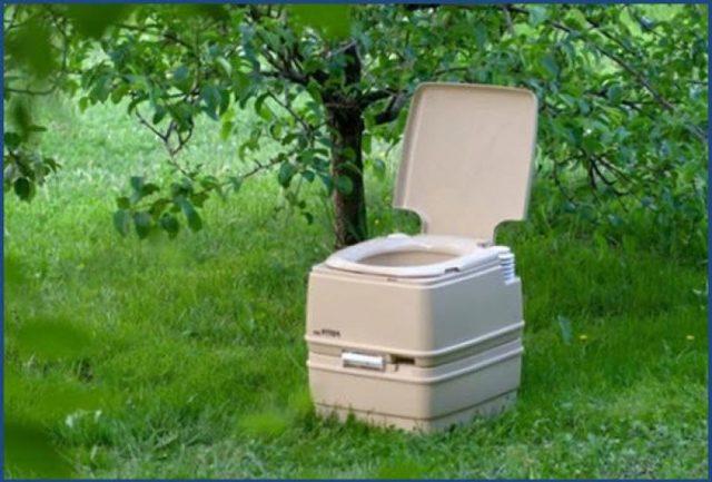 Установка биотуалета на даче: плюсы и минусы