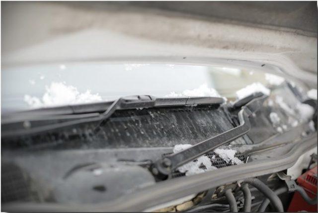 Плюсы и минусы покупки зимних дворников для авто