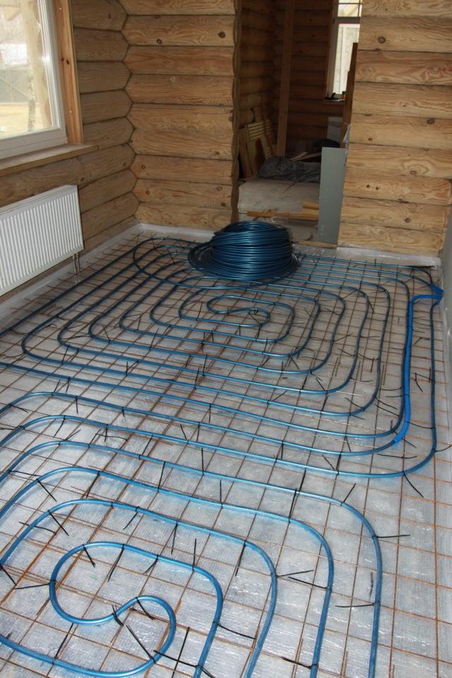 Трубы отопления в полу: плюсы, минусы и особенности