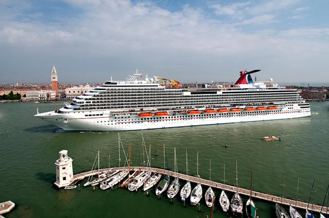 Плюсы и минусы путешествия на корабле