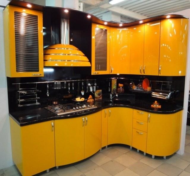 Кухня из крашенного МДФ: особенности, плюсы и минусы