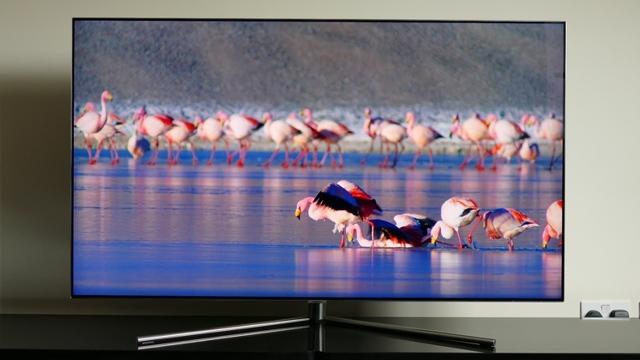 Стоит ли покупать телевизор qled: плюсы, минусы, особенности