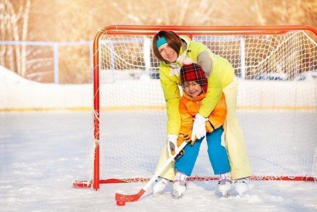 Стоит ли отдавать ребенка в хоккей: плюсы и недостатки вида спорта