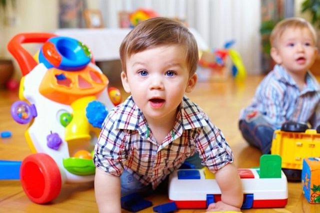 Стоит ли отдавать ребенка в детский сад?
