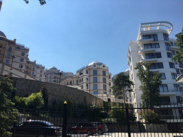 Стоит ли переезжать в Крым: плюсы, минусы и особенности
